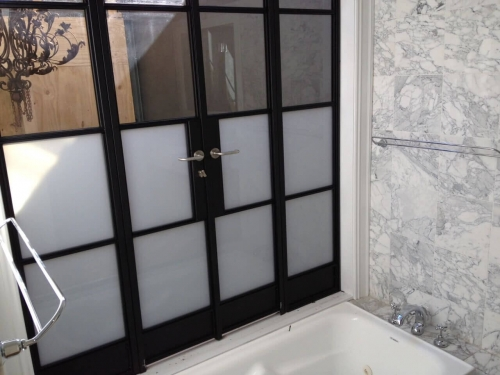 Super white and clear toughened glass in steel frames